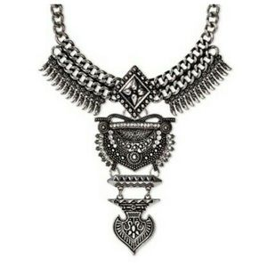 NWT Sugarfix Warrior Bib Necklace